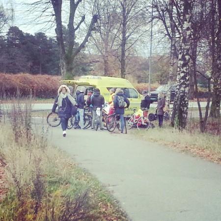 To syklister krasjet ca 0830 ved Universitet i Agder #uia